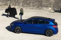 Новый Ford Focus получит гибридную версию
