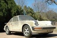 Забытый Porsche, который покрылся мхом и водорослями, выставили на eBay