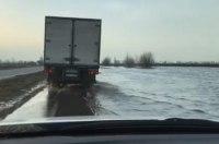В Укравтодоре заявляют о смытых участках дорог