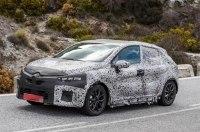 Хэтчбек Renault Clio нового поколения впервые замечен на тестах