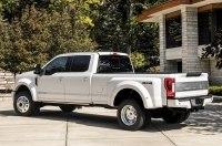 Ford откажется от «легковушек» в пользу кроссоверов и пикапов