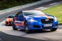 575-сильные Jaguar XJ и F-Type стали гоночным такси на Нюрбургринге