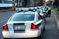 В Латвии 100-летний водитель попал в ДТП и не заметил этого