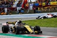 Карлос Сайнс финишировал седьмым на Гран-При Испании