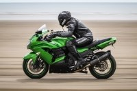 Мотоциклист, попавший в аварию на 376 км/ч, снова установил рекорд скорости