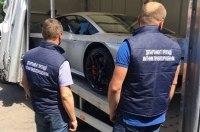 В Украине конфисковали нерастаможенный суперкар Lamborghini