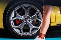 Audi показала в новом тизере кусочек нового A1
