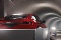 Tesla проехала по подземному тоннелю