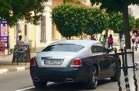 Украинская пенсионерка стала владелицей купе Rolls-Royce за 11 миллионов