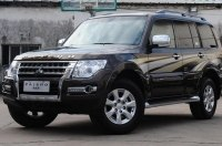 Mitsubishi Pajero пока не собирается на покой: фото обновлённого внедорожника
