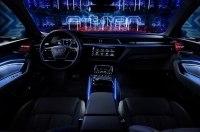 Электрокроссовер Audi: пять экранов, 16 динамиков и камеры вместо зеркал
