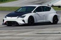 Полностью электрический 680-сильный Seat Cupra e-Racer засветился на гоночном треке