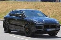 Кросс-купе Porsche Cayenne заметили на тестах