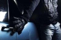 Мастер-класс от преступников: как грабят авто в людных местах