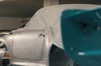 Porsche выпустил первый ролик о своем секретном спорткаре