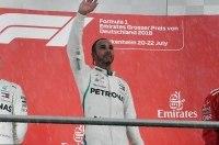 Льюис Хэмилтон выиграл Гран-при Германии Формулы-1