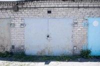 Водителей заставляют сносить гаражи