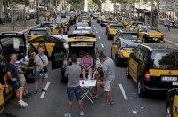 Испанские таксисты перекрыли улицы в знак протеста