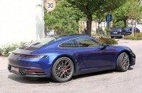 Видео: новый Porsche 911 едет по автобану