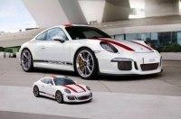 Драйверский Porsche 911 R превратили в 3D-пазл