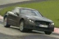 Шпионы подсмотрели «подтянутый» Mercedes SL