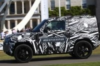 Новый Land Rover Defender показали в Гудвуде