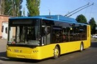 В Киеве общественному транспорту выделят отдельную полосу