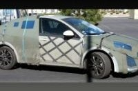 Получены шпионские снимки нового поколения Mazda3