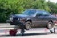 На житомирской трассе водитель BMW не заметил отбойник