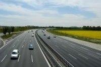 Германия планирует выпустить на дороги 1 млн электромобилей