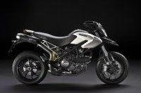 Ducati анонсировала модель Hypermotard 796