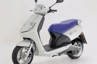 Электрический скутер от Peugeot