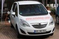 Opel Meriva EV замечен в австрийских Альпах