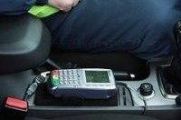 В России водителям разрешили платить штрафы в машинах ДПС