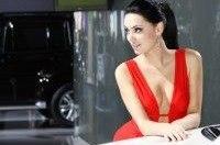 Автосалон в Москве: самые сексуальные девушки