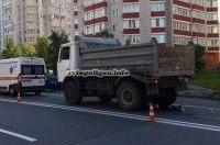 ДТП в Киеве: на улице Академика Вильямса грузовик МАЗ раздавил пенсионерку
