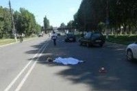 ДТП в сумской области: водитель BMW сбил насмерть женщину и скрылся с места аварии