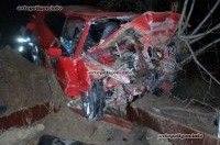 ДТП в Запорожье: BMW-318i врезался в землянную насыпь - погибли трое. ФОТО 18+