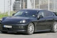 "Porsche Panamera 2010 ""разделся"" на трассе"
