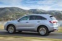 Acura RDX 2016 модельного года поступил в продажу