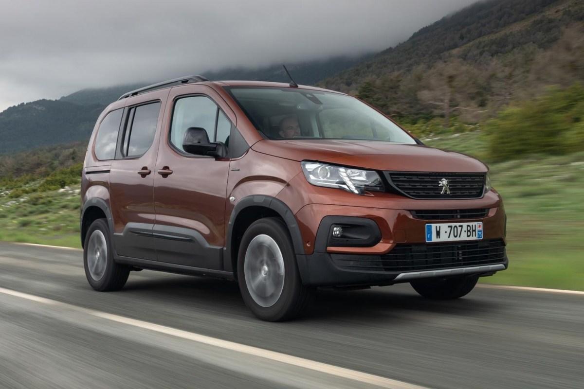 Тест-драйв Пежо Рифтер: Peugeot Rifter. Больше «кроссоверности», не меньше практичности