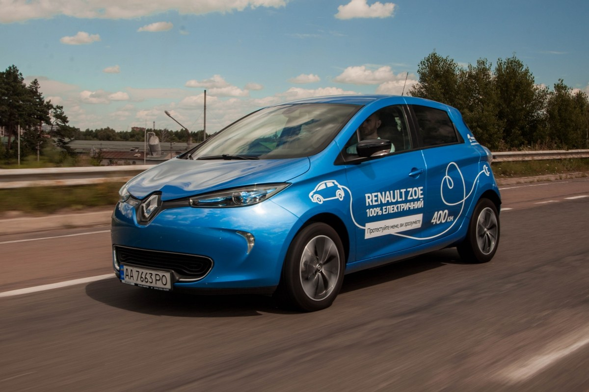Тест-драйв Renault ZOE: Renault ZOE. Електрокар, що зміг. Але поки – не в нас
