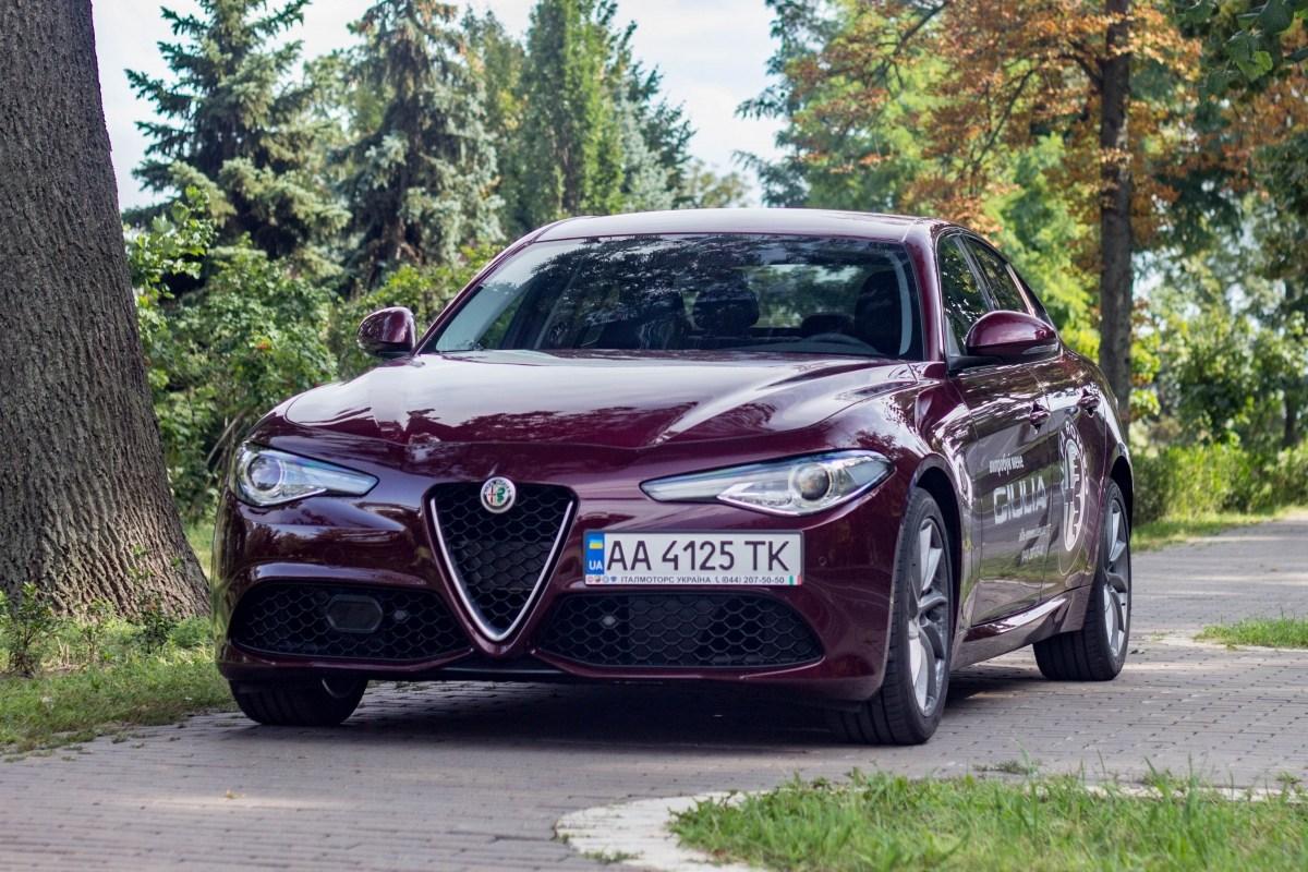 Тест-драйв Alfa Romeo Giulia: Alfa Romeo Giulia. Поцілунок італійки