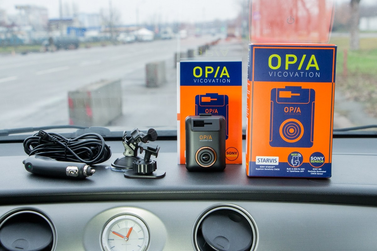Обзор автомобильного регистратора Vico-Opia 1: №1 в «ночной съемке»