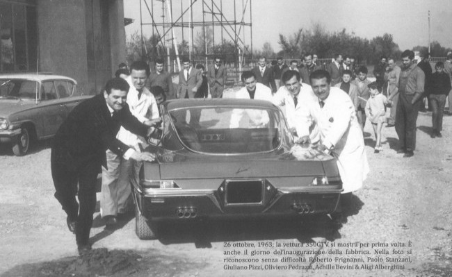 Первый прототип Lamborghini 350 GTV покидает цех 26 октября 1963 года