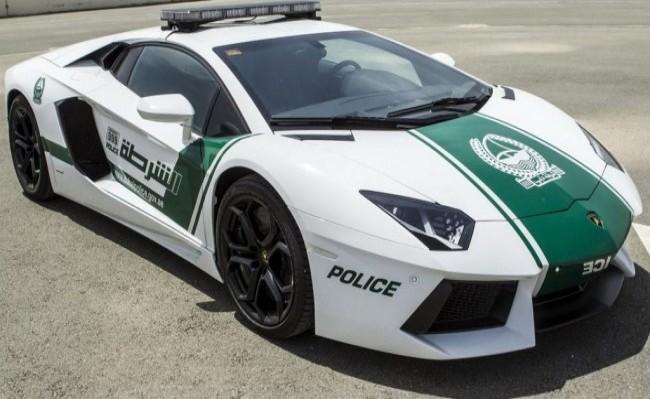 Lamborghini Aventador, Dubai Police, 2013 год