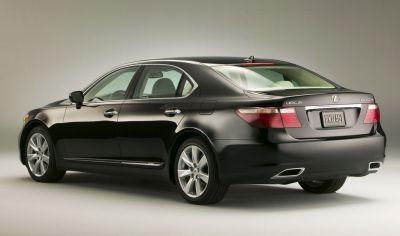 Тест автомобиля Lexus LS600h