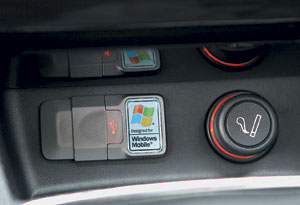 Через USB-разъем на напольном туннеле можно подключить mp3-плейер или другое внешнее устройство.