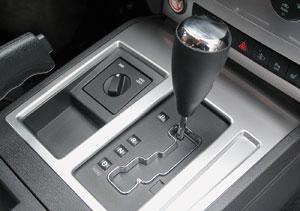 Российским покупателям предложат только автоматическую коробку передач.