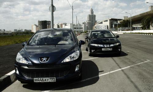 Красота Honda Civic против технологичности Peugeot 308